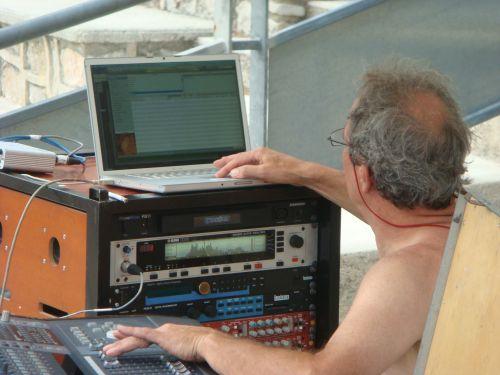 concert serge lama ingenieur son charles roche.JPG